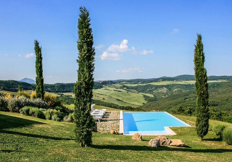 Luxury villa Livia, vacation rental in San Lorenzo Nuovo