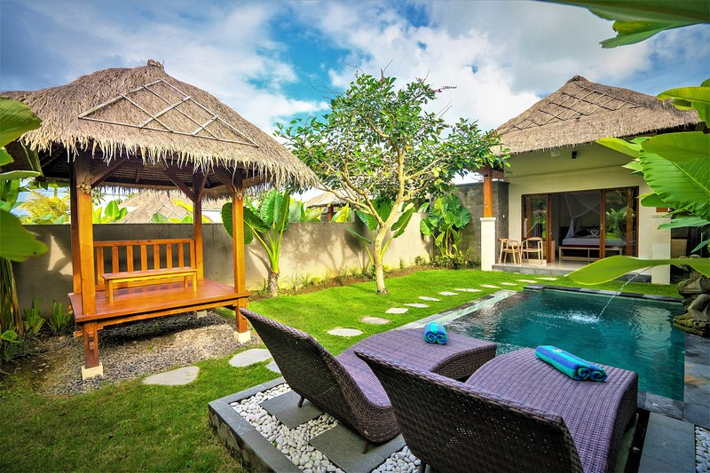 Siraman Dedari with Private Pool & Rice Field View, holiday rental in Bresela