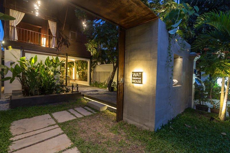 Wat Damnak House , Villa Siem Reap, vacation rental in Siem Reap