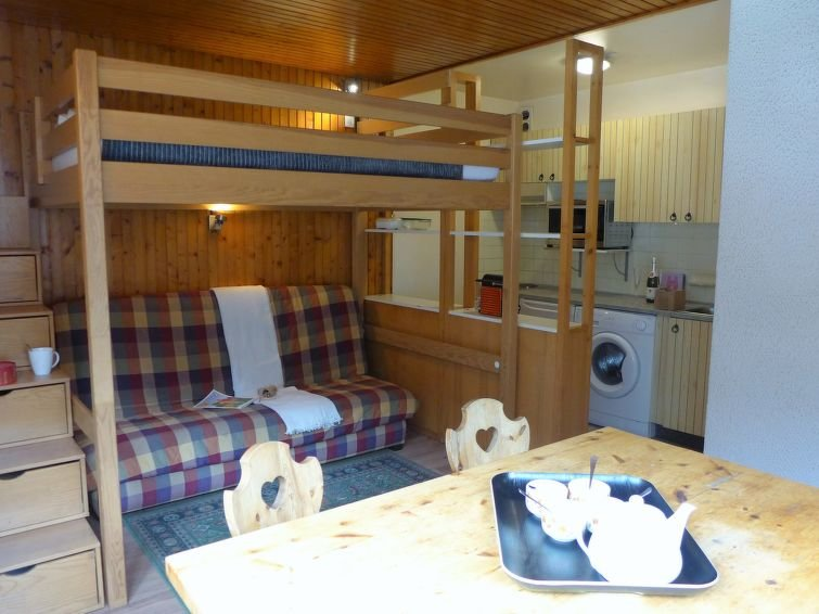1 bedroom Apartment with WiFi and Walk to Shops - 5488219 Chalet in Chamonix