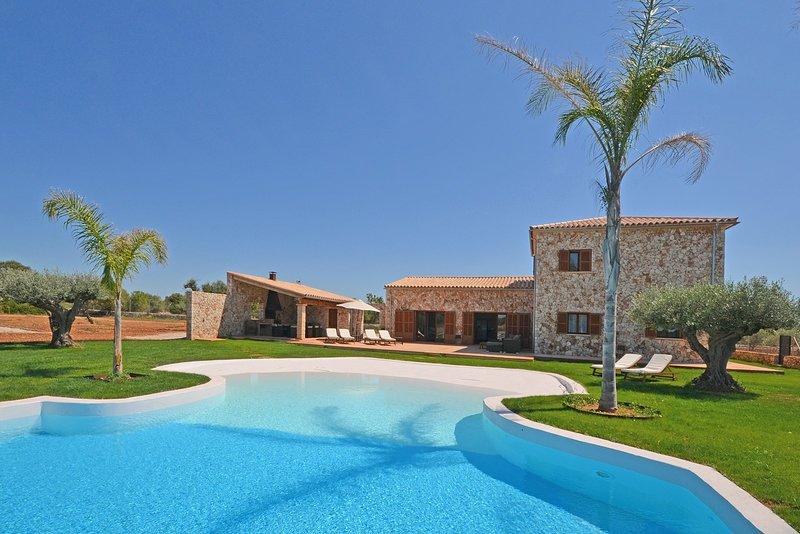 SA TANCA, Villa with swimming pool for 8 guests in Campos, alquiler de vacaciones en Campos
