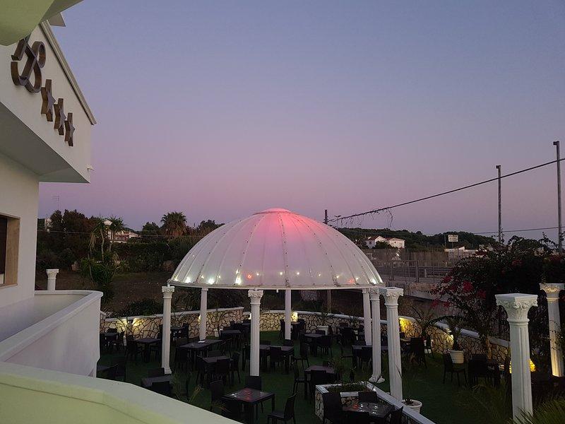 Hotel Baia Del Pescatore (King Room with Spa Bath), vacation rental in Talsano