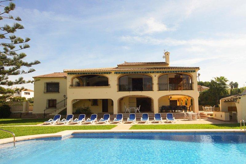 Jasmin 8 pax, vacation rental in El Tosalet