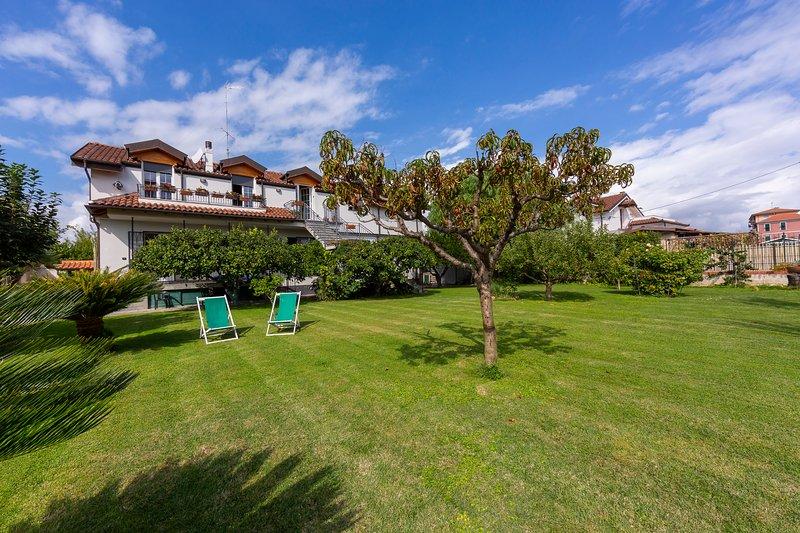 La Casetta Sull'Albero, vacation rental in Semino