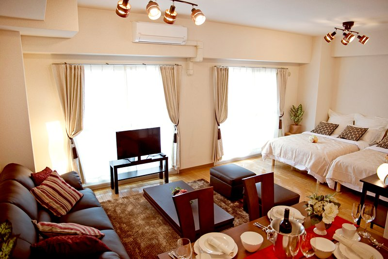 【Nipponbashi House H01】Best location 8ppl♪ Dotonbori, Nippombashi, Namba, holiday rental in Dotombori