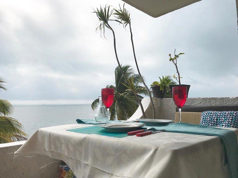Flamingo Paradise Front by Cielo Maya, location de vacances à Punta Sam