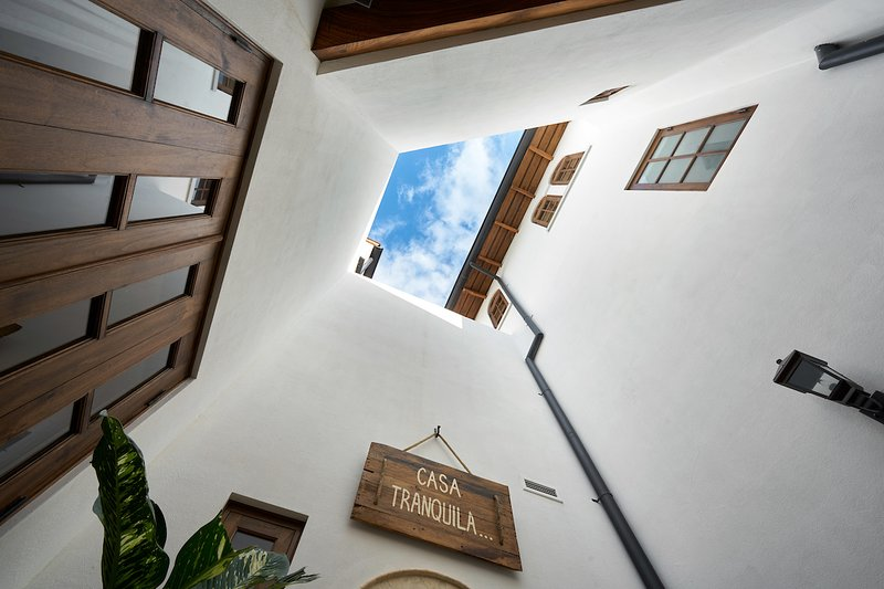 2 Br w Pool in Heart of Town: Casa Tranquila – semesterbostad i Las Catalinas