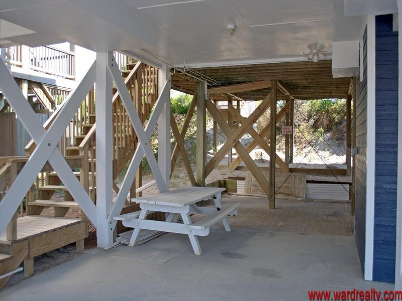 Carport Area with Picnic Table