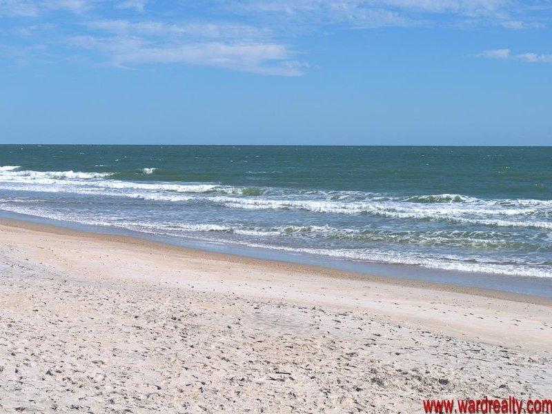 Vista desde el acceso público a la playa