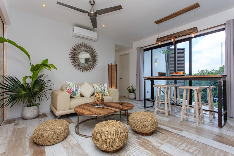2bedroom Penthouse Boho-Chic Style with Private Rooftop, vacation rental in Tulum