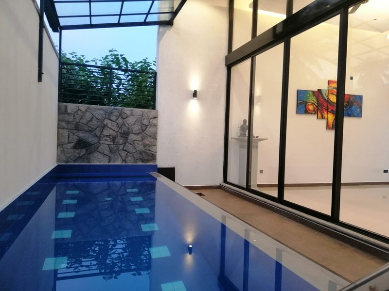 Boutique Villa with privet Pool, holiday rental in Avissawella