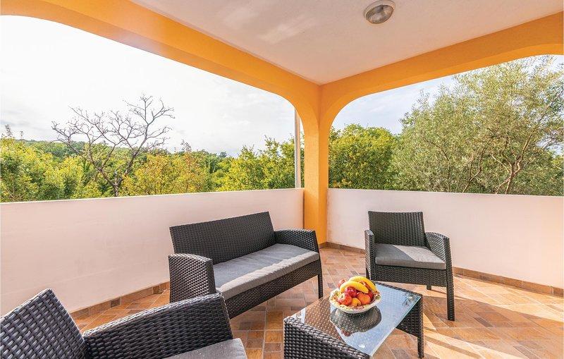 Beautiful home in Polje with 2 Bedrooms (CKI197), location de vacances à Polje
