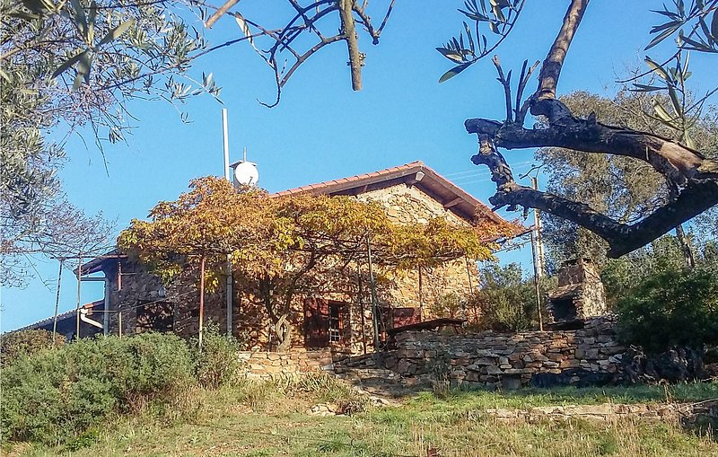 Awesome home in Roquebrun with 2 Bedrooms (FLH336), holiday rental in Causses et Veyran