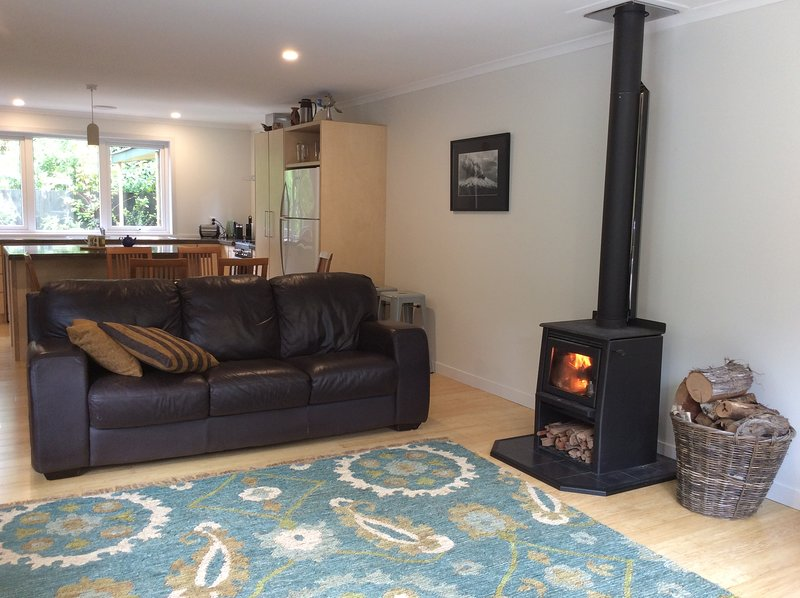The Grumpy Trout Lodge - The outdoors on your doorstep!, holiday rental in Turangi