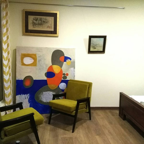 Gallery guesthouse, vacation rental in Garni