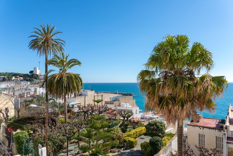 Wonderful traditional house at the beach, vacation rental in Sant Pol de Mar