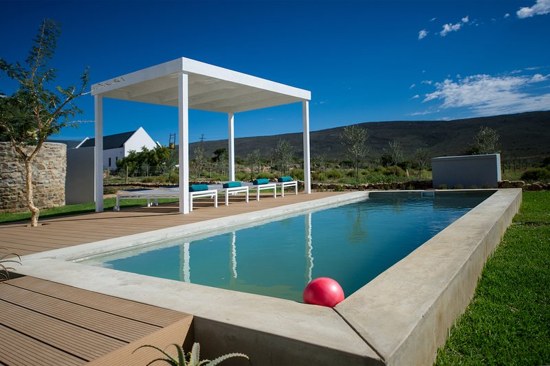 Lucky Crane Villa on Darling 7, casa vacanza a Greyton