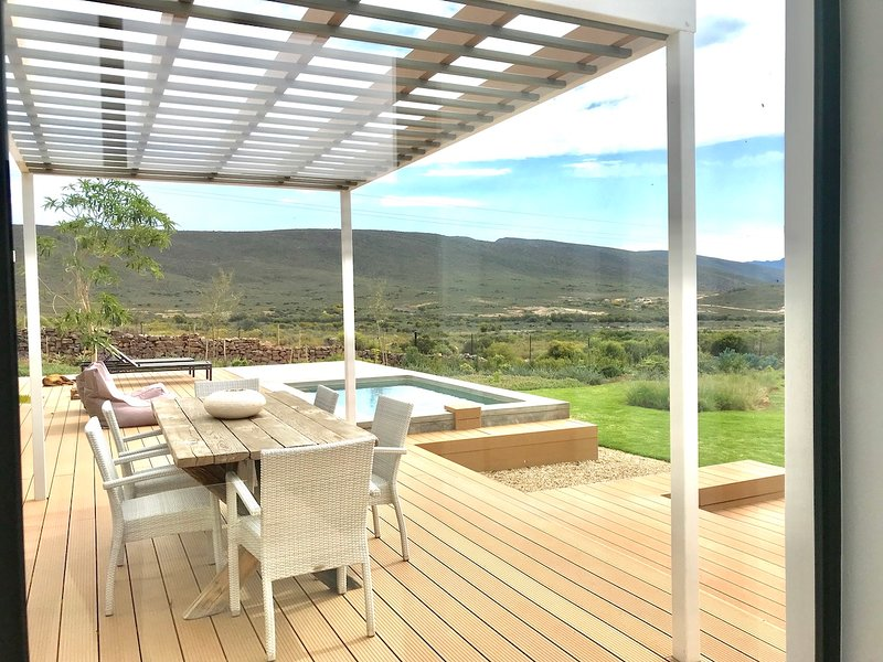 Lucky Crane Villa on Van Reenen 2, holiday rental in Greyton