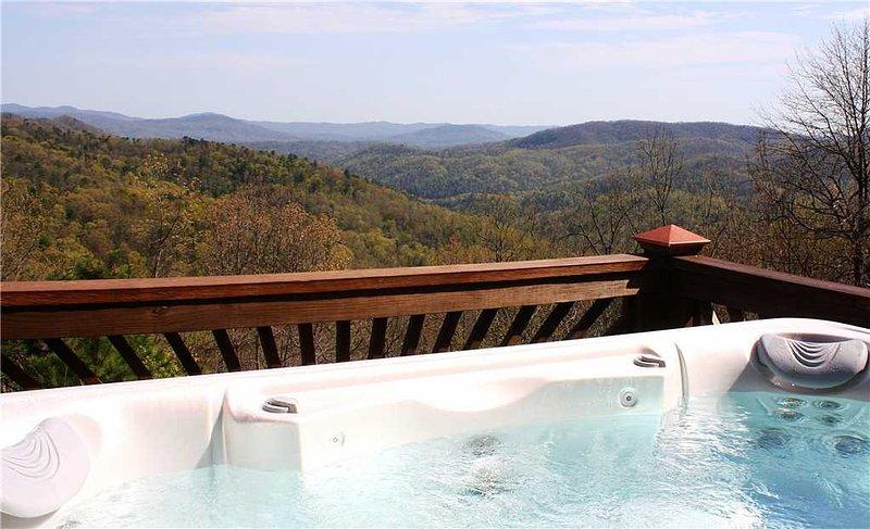 Tub,Jacuzzi,Hot Tub,Balcony,Railing