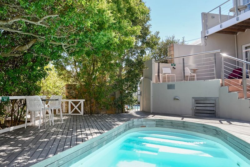 Camps Bay Nest, holiday rental in Camps Bay