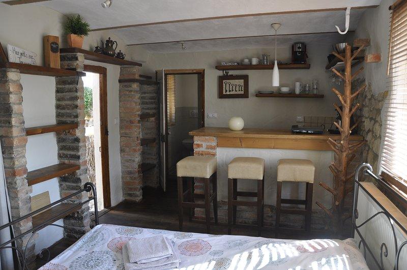 Apartment (1 Zimmer)  in historischer Hofreite bei Frankfurt am Main, holiday rental in Ober-Moerlen
