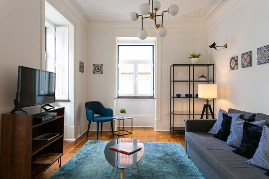 Discount for long term! 3-bed flat w/ view, in Bairro Alto, holiday rental in Lisbon District