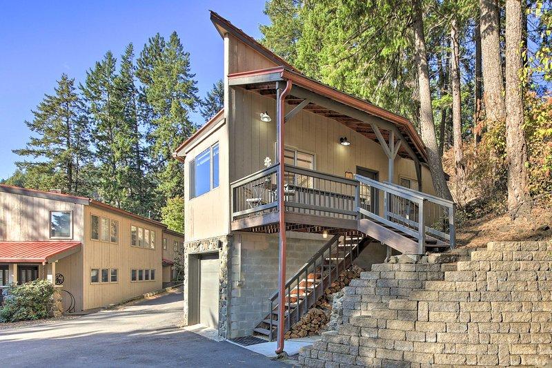 ¡Ven a visitar esta cabaña de 1 dormitorio y 1 baño en Hayden Lake!