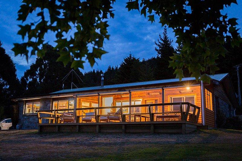 Cross Hill Lodge, holiday rental in Lake Hawea