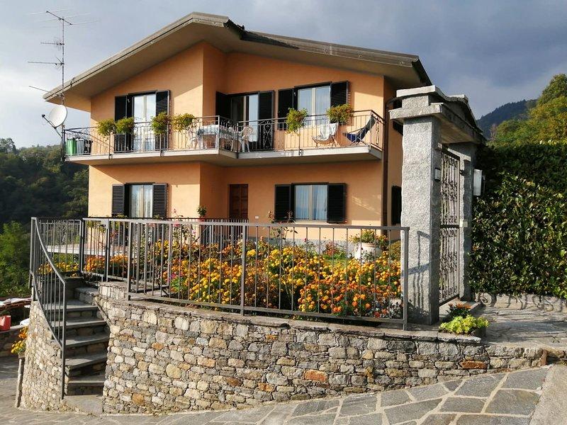 casa Marimilen sulla collina del Lago Maggiore, holiday rental in Premeno