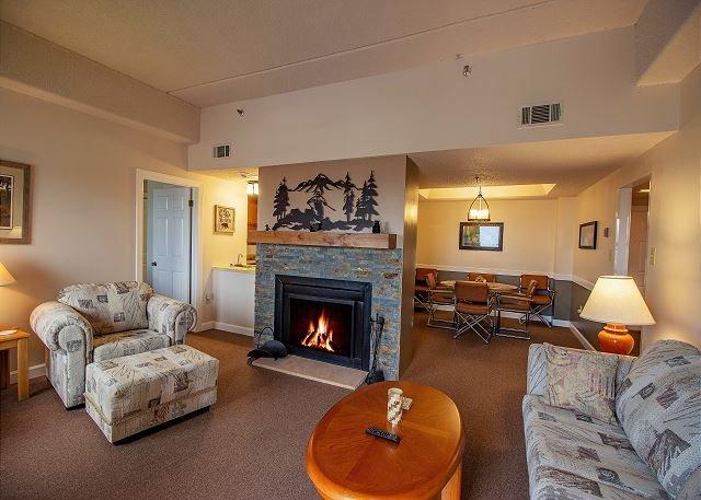 2 Bedroom Condo Sitting at the Summit of Sugar Mountain., location de vacances à Linville