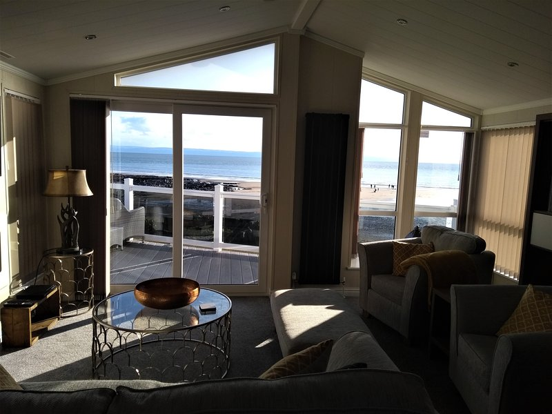 Beachfront Lodge Trecco Bay Porthcawl, alquiler vacacional en Porthcawl