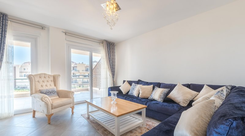 Cherry Apartment with Sea View, alquiler vacacional en Yeni Erenkoy