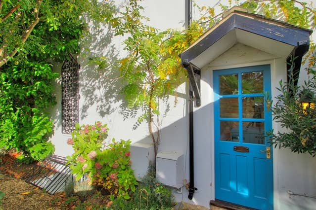 Righton one-bedroom serviced house in north oxford (oxpsaw), holiday rental in Marston