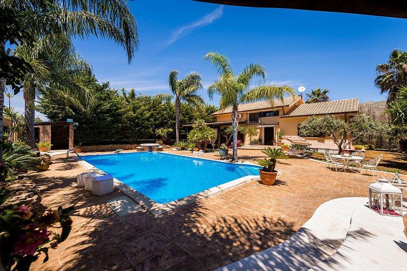 Villa Naiadi, holiday rental in Montelepre