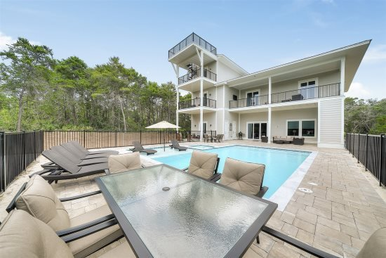 Rising Tide: Golf Cart Included, 6 King Suites, Private Pool!, vacation rental in Miramar Beach