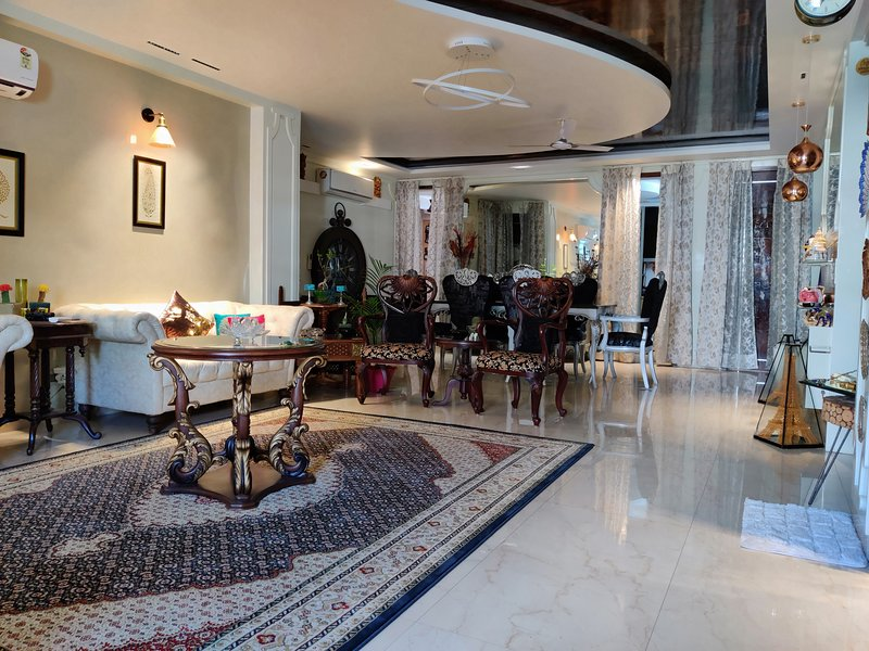 'Mount View' by Aparna, holiday rental in Manimajra