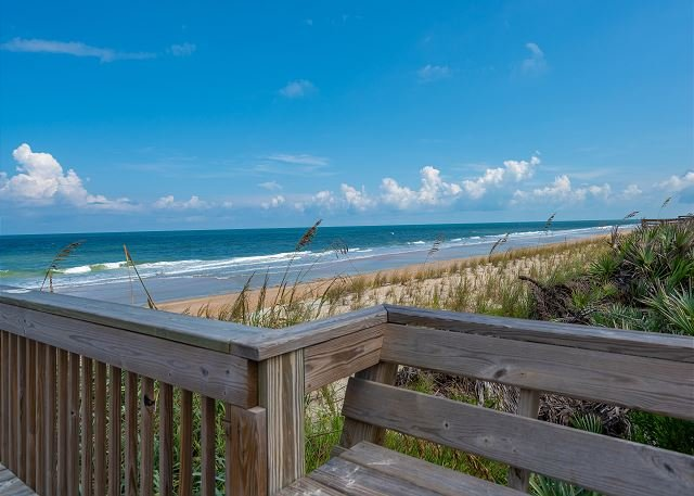 Designer remodeled Direct Oceanfront Cinnamon Beach Unit 722!!, holiday rental in Palm Coast