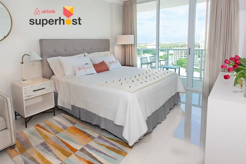 Coconut Grove Residences by Miami Vacation Rentals - Aria 1608 · Elegant 1BR, holiday rental in Coral Gables