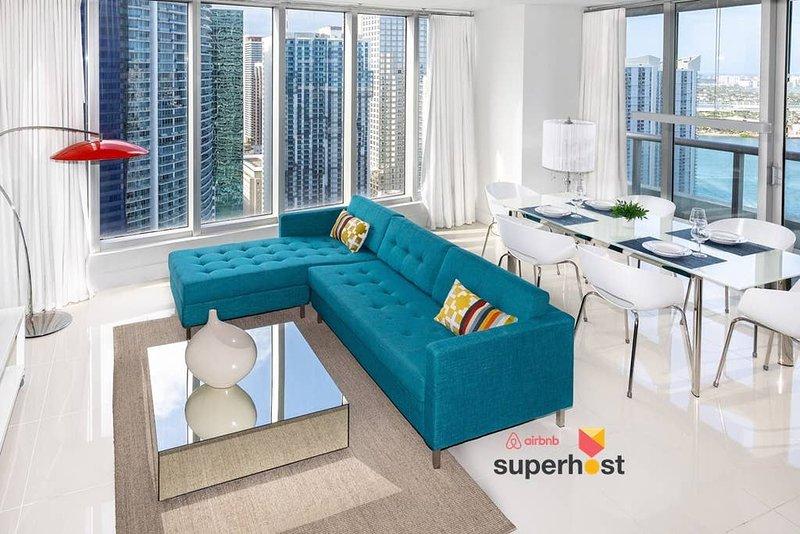 ★New Luxury Designer Interiors!★Luxury Amenities & Appliances★Free SPA & G, vakantiewoning in Miami