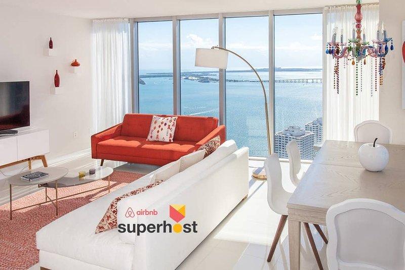 ★Large Luxury Oceanfront High-Ceiling★Luxury Amenities★European Design★F, vacation rental in Miami