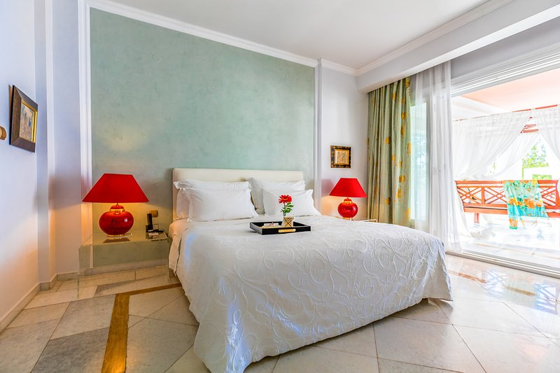 Metamorfosi Villa Sleeps 6 with Pool and Air Con - 5817300, aluguéis de temporada em Metamorfosi