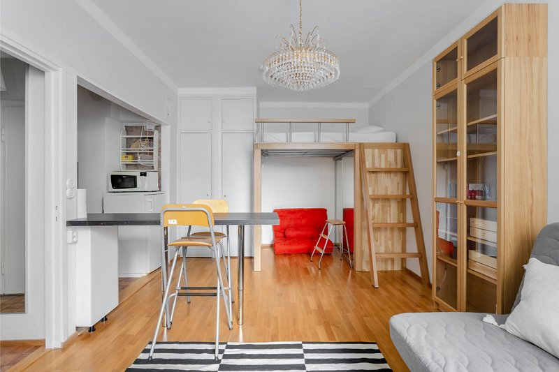 WeHost Urban Scandinavian Wehost at Vuorikatu, holiday rental in Western Finland