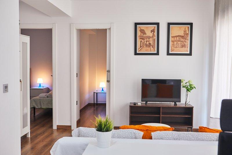 APARTAMENTO CÉNTRICO EN CASTELLON, MONTORNES 5, holiday rental in Castellón de la Plana