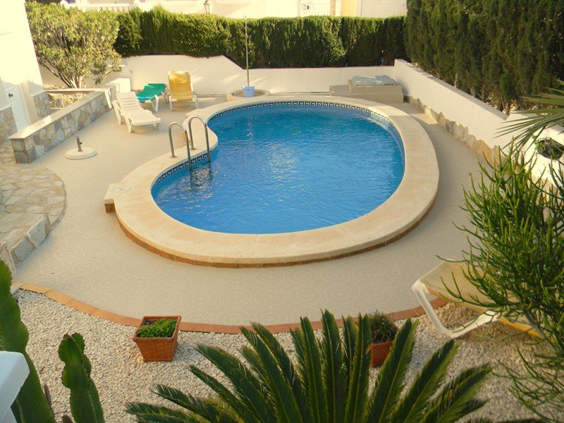 2 Bedroom Villa with Private pool with WiFi, holiday rental in Vistabella