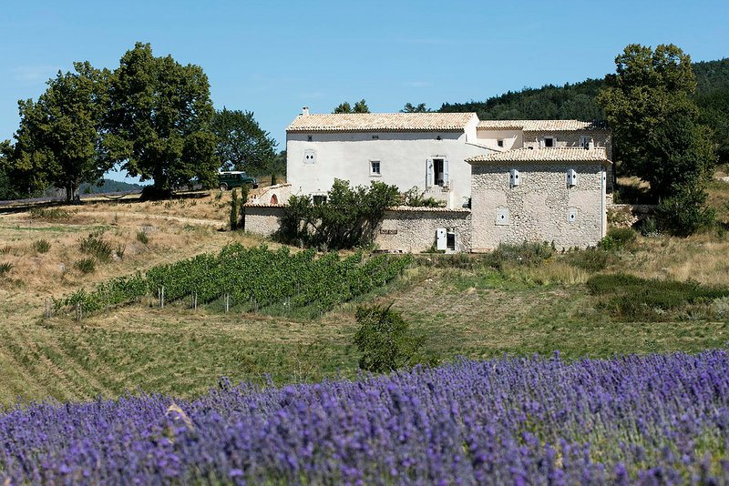 Bastide Provençale, casa vacanza a Chateauneuf-Miravail