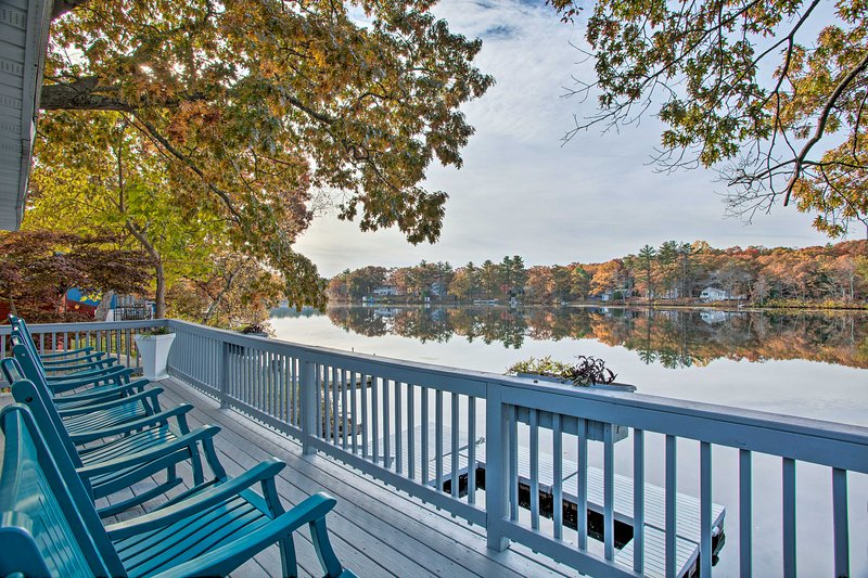 Football Fans Lake Retreat - 5 Mins to Gillette!, location de vacances à Plainville