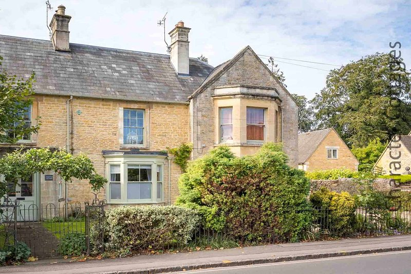 a beautiful property in the heart of Bourton-on-the-Water