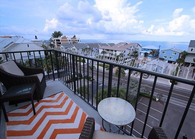 Quiet Waters Condominium 5F, vacation rental in Indian Shores