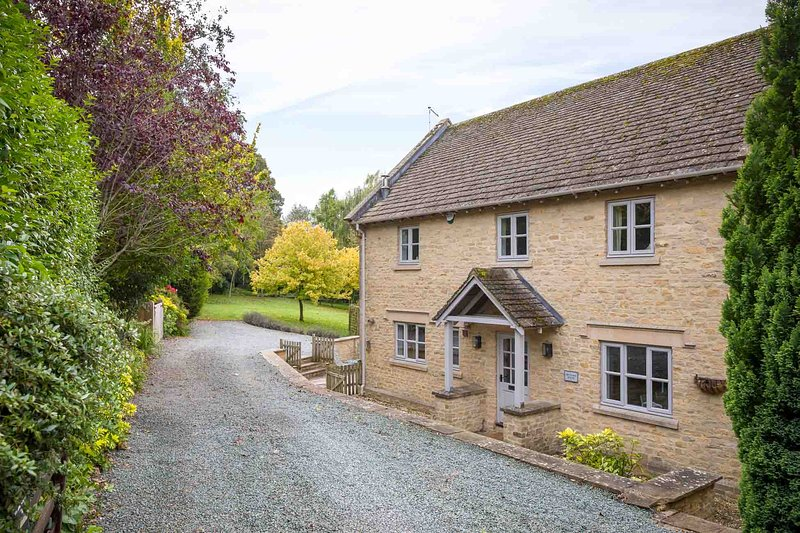 Willkommen im Orchard House, einem wunderschön gestalteten Anwesen in Great Rissington