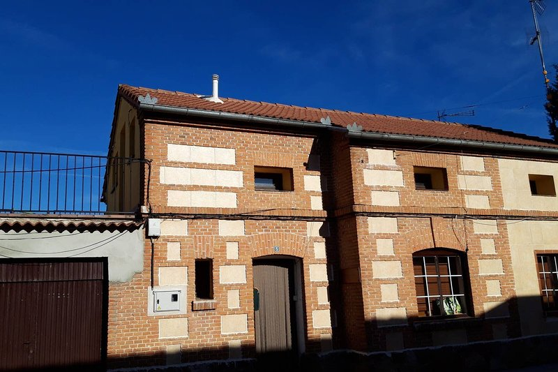 Nice apartment with terrace, holiday rental in Campo de Cuellar